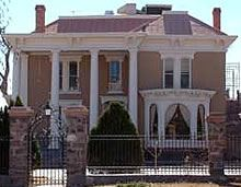 The Luna Mansion